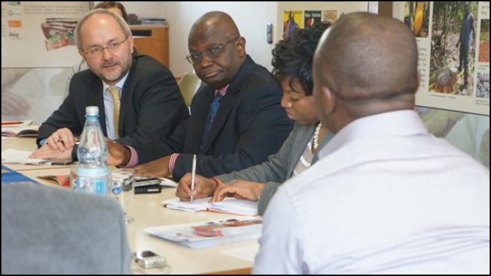 Botschafter von Ghana mit Volkmar Klein